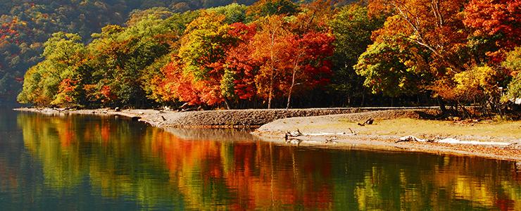 景色の良いスポット日光・中禅寺湖の湖畔